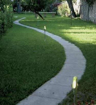 Weg - und Gartenbeleuchtung